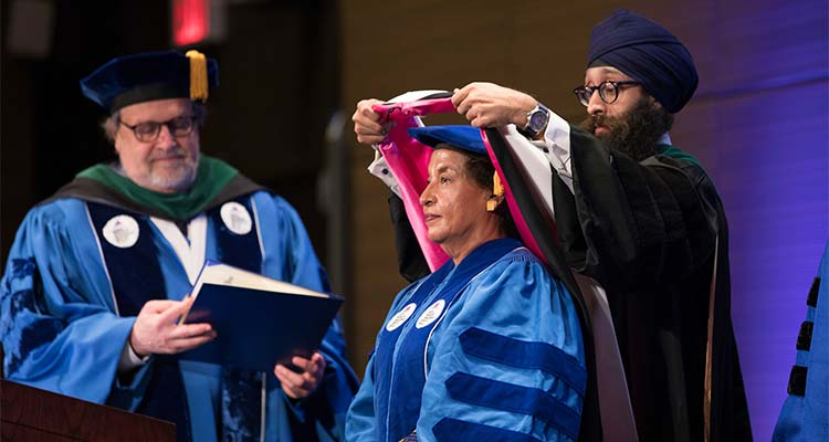 759428bebd0 Icahn School of Medicine at Mount Sinai Honors Master s Graduates ...