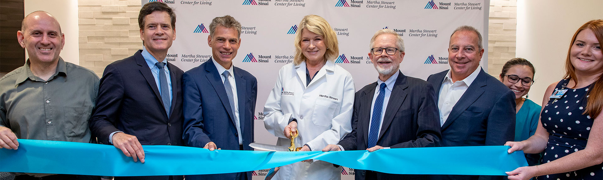 Martha Stewart cuts ribbon, officially opening the Martha Stewart Center for Living at Union Square
