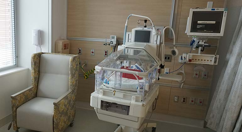 2-col Image: HS - West - Pediatrics - NICU 2