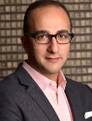 Photo of Arash Akhavan